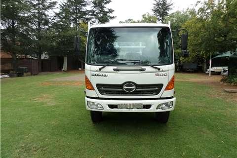 Hino 500 Series Model 1221- Truck