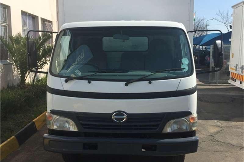 Hino Van body HINO 300 915 VAN BODY 5T Truck