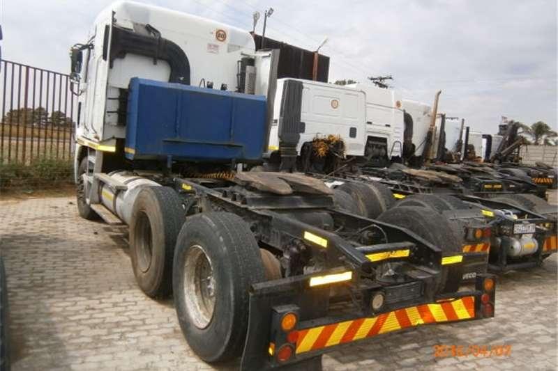 Freightliner double axle Argosy ISX500 Truck-Tractor