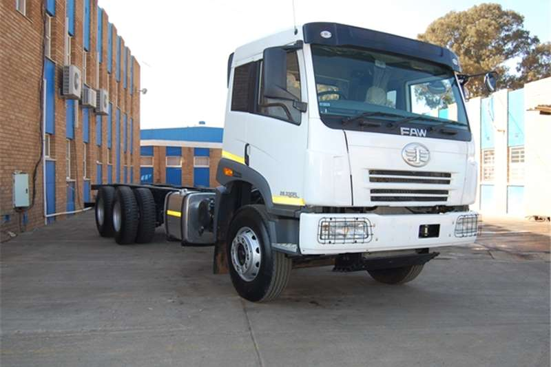 FAW Chassis cab 28.330 - 14 TON Truck
