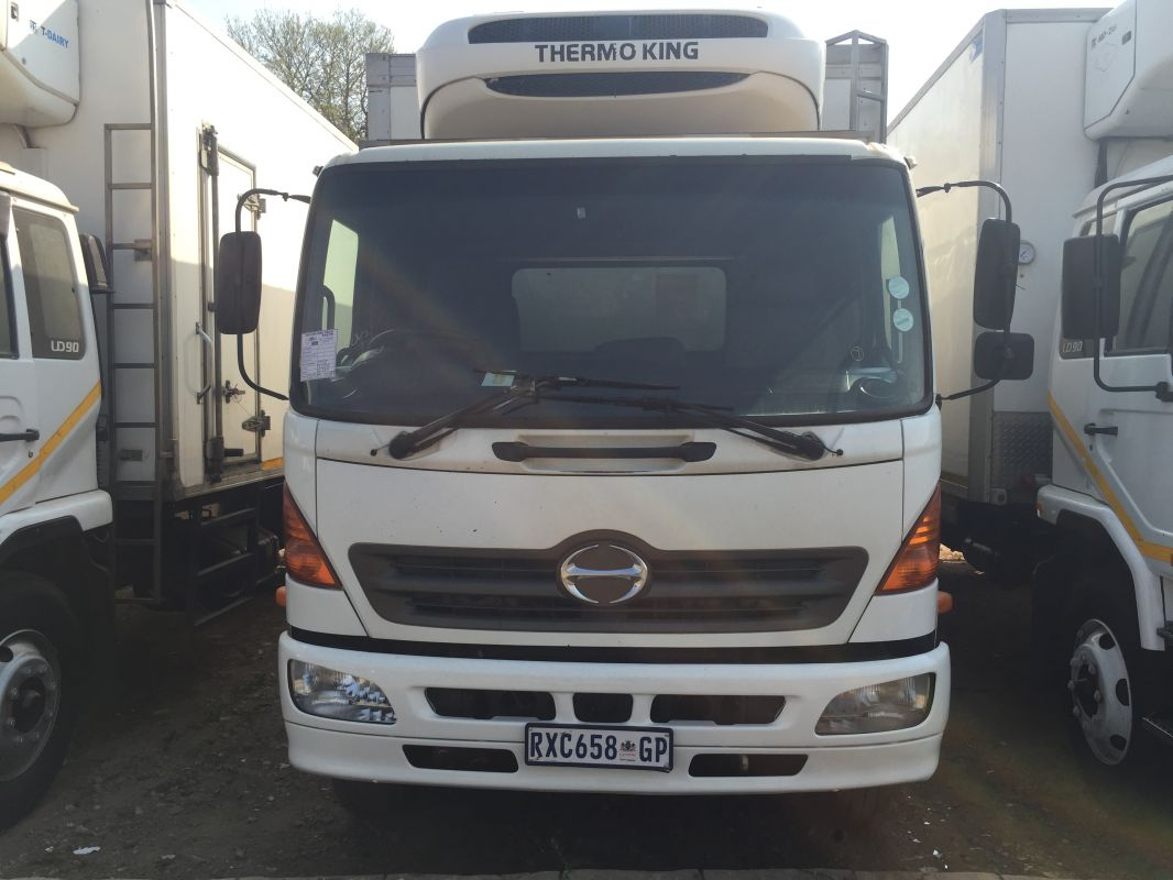 Hino 15/257 Fridge Truck