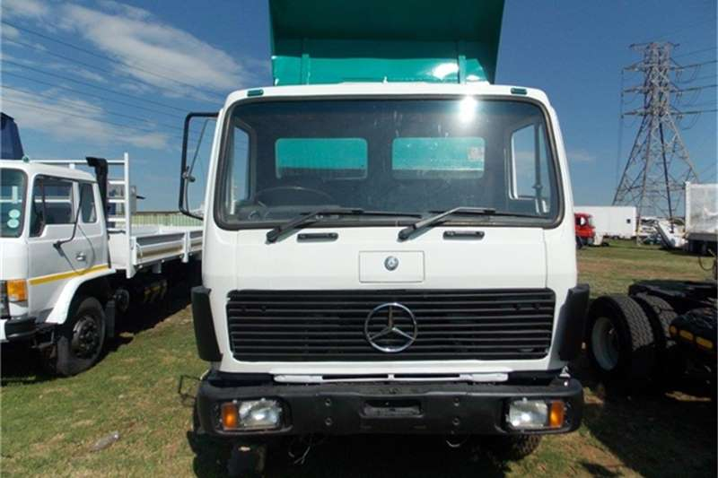 Mercedes benz tipper mercedes 2219 truck 2219 tipper for Mercedes benz truck for sale