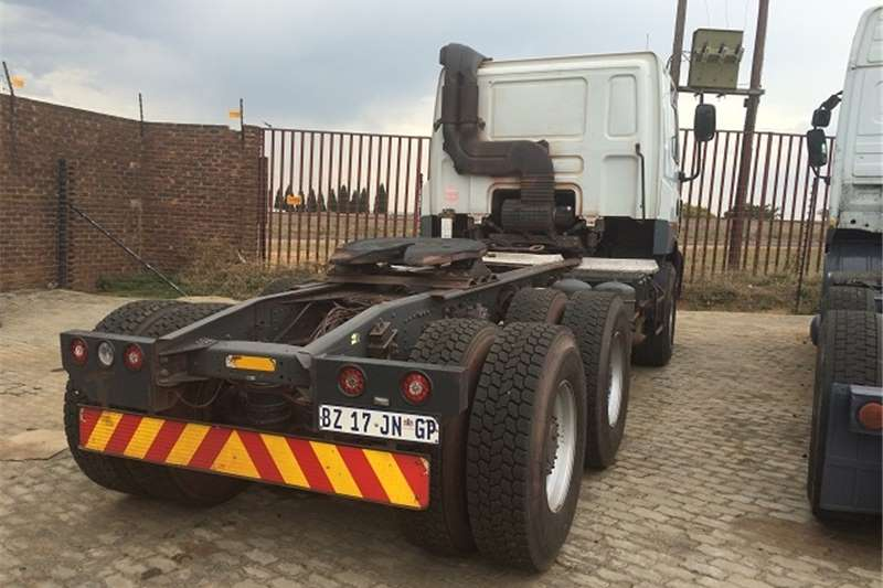 DAF double axle CF85-410 Truck-Tractor