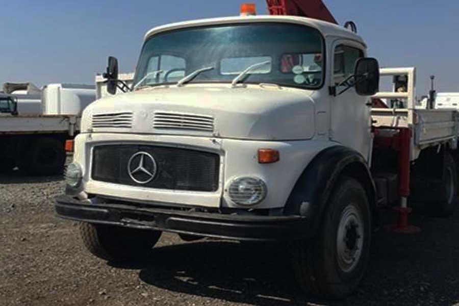 Mercedes benz crane truck mercedes 1113 4x4 truck 1113 for Mercedes benz 4x4 truck