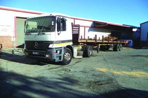 Mercedes Benz 20-31 Single Diff- Truck-Tractor