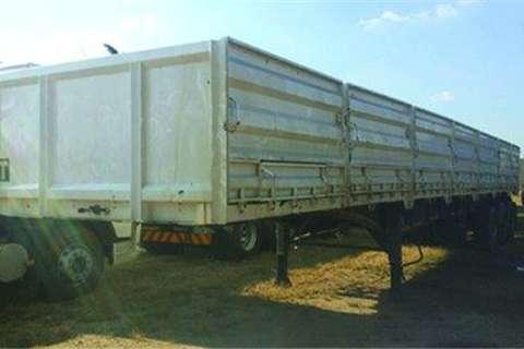 SATB tri axle trailer- Truck