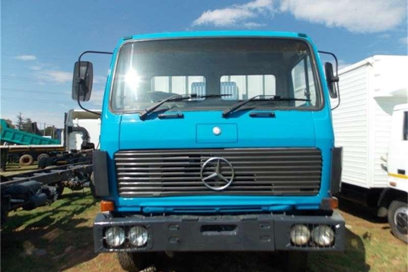 Mercedes Benz Flat deck 2219 Flatdeck D/Axle Truck