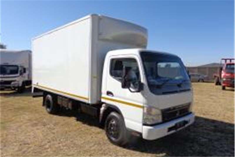 Fuso Closed body CANTER CLOSED BODY Truck
