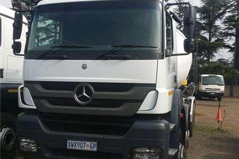 Mercedes Benz 3535 Axor Mixer Truck-Tractor