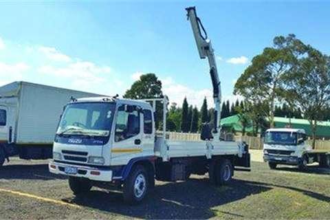 Isuzu FTR800 with Crane Truck for sale